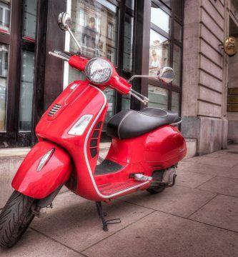 Es obligatorio matricular un ciclomotor